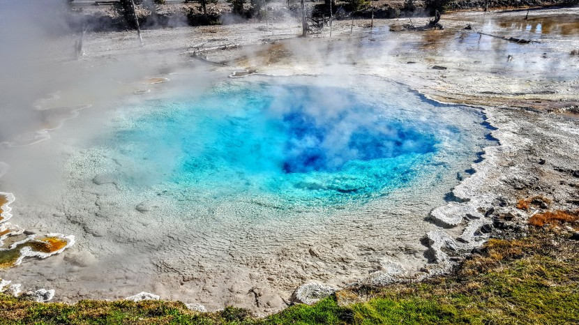 Yellowstone quickie: Biscuit Basin, Mystic Falls & overlookhike