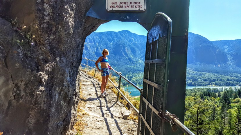 Washington's Beacon Rock Trail: a shortie with sweet views