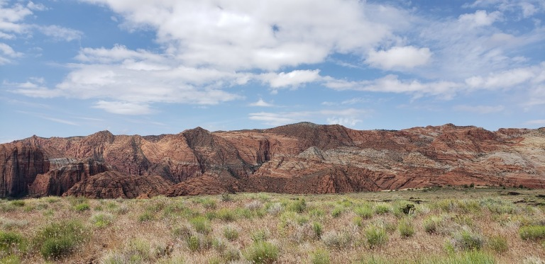 Snow Canyon red mtns