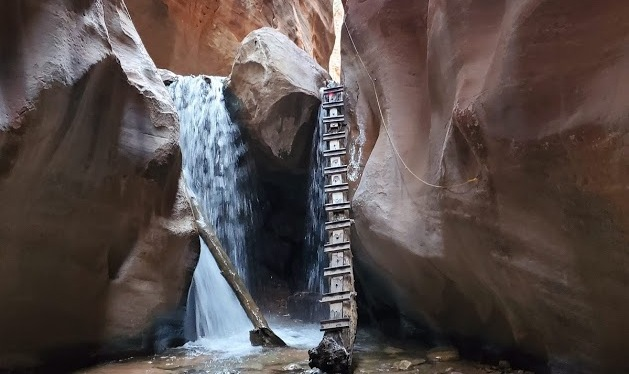 Kanarra Falls, A Slippery Adventure in Kanarraville,UT